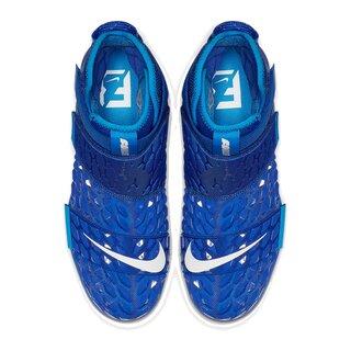Nike Force Savage Elite 2 TD Football